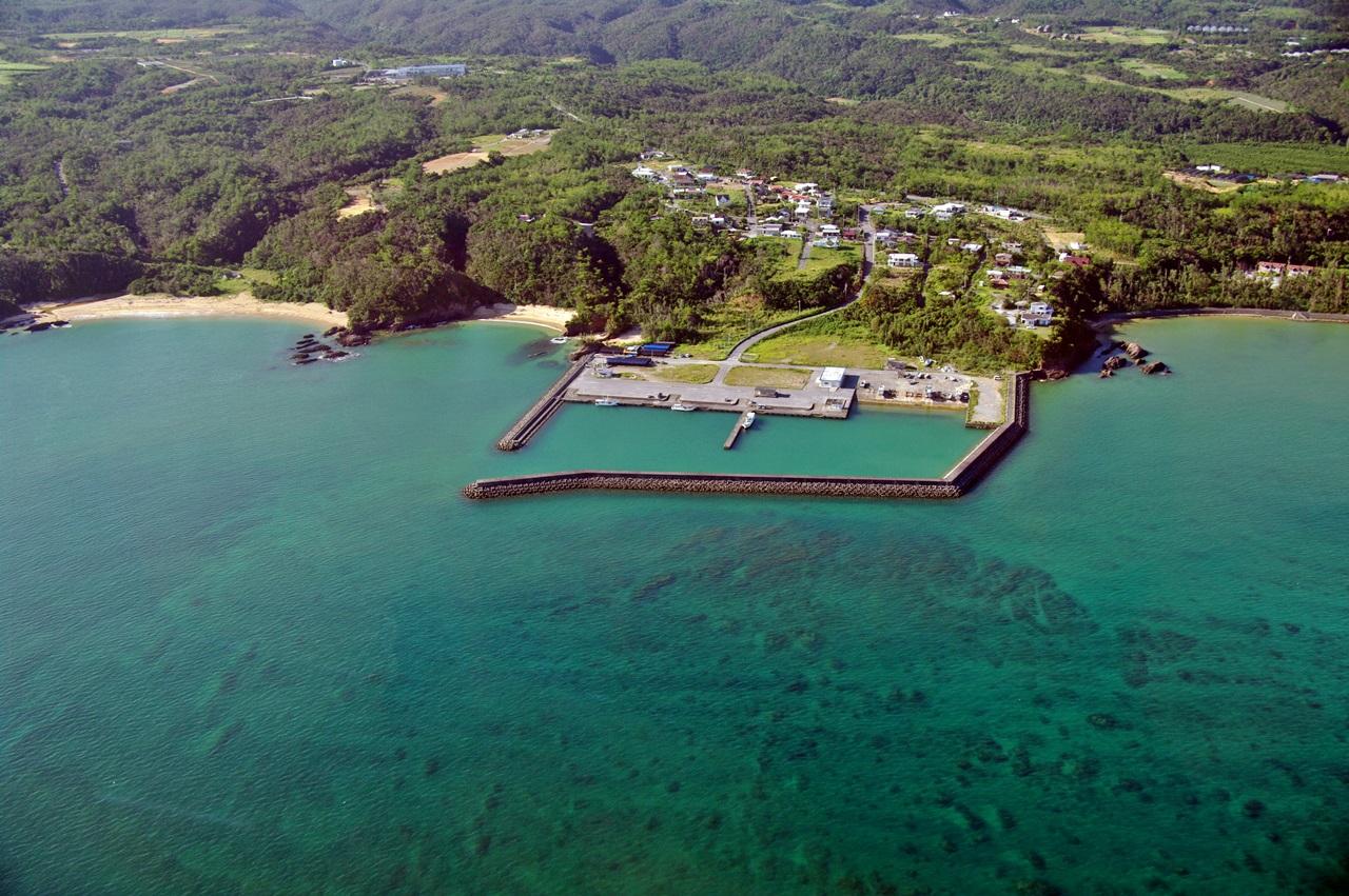 慶佐次漁港